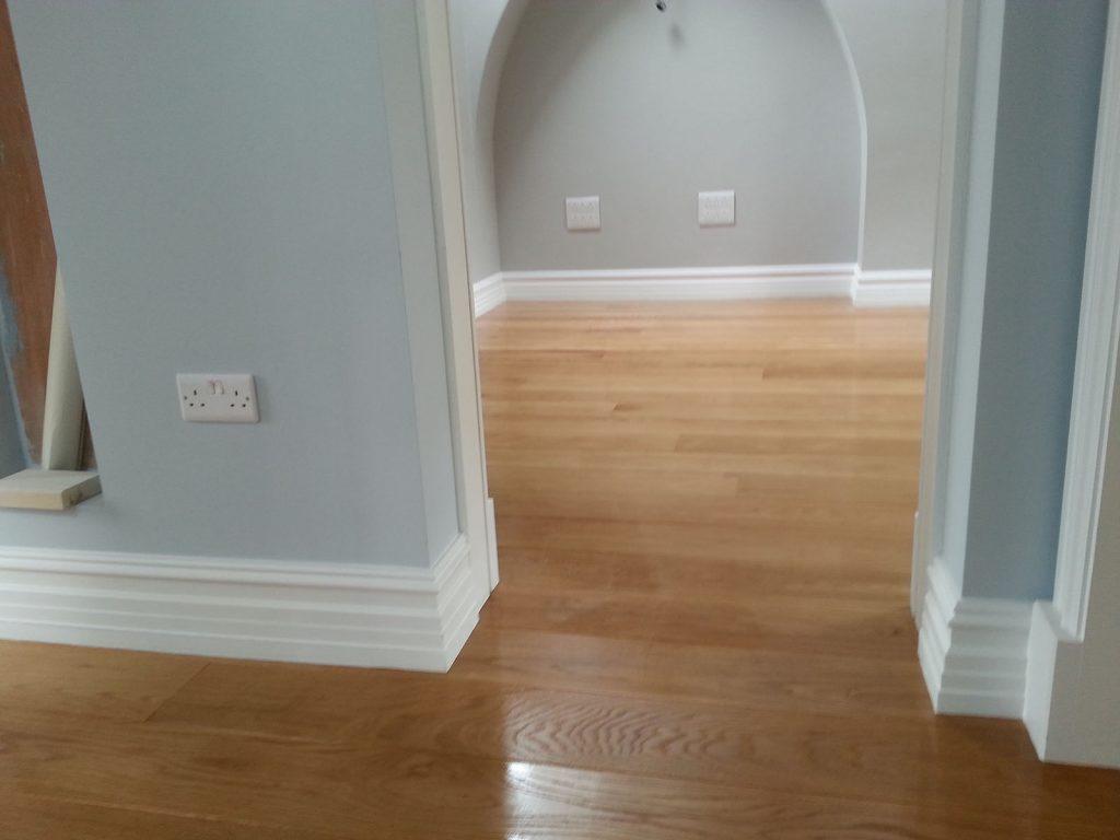Solid Oak Fitting Sanding Oak Planks