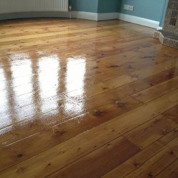 Sanding of Pine Floorboards